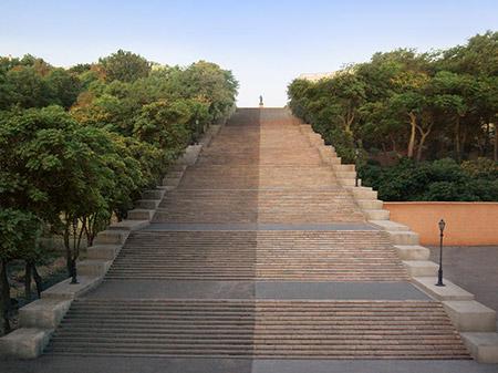 Очистка Потемкинской лестницы в Одессе